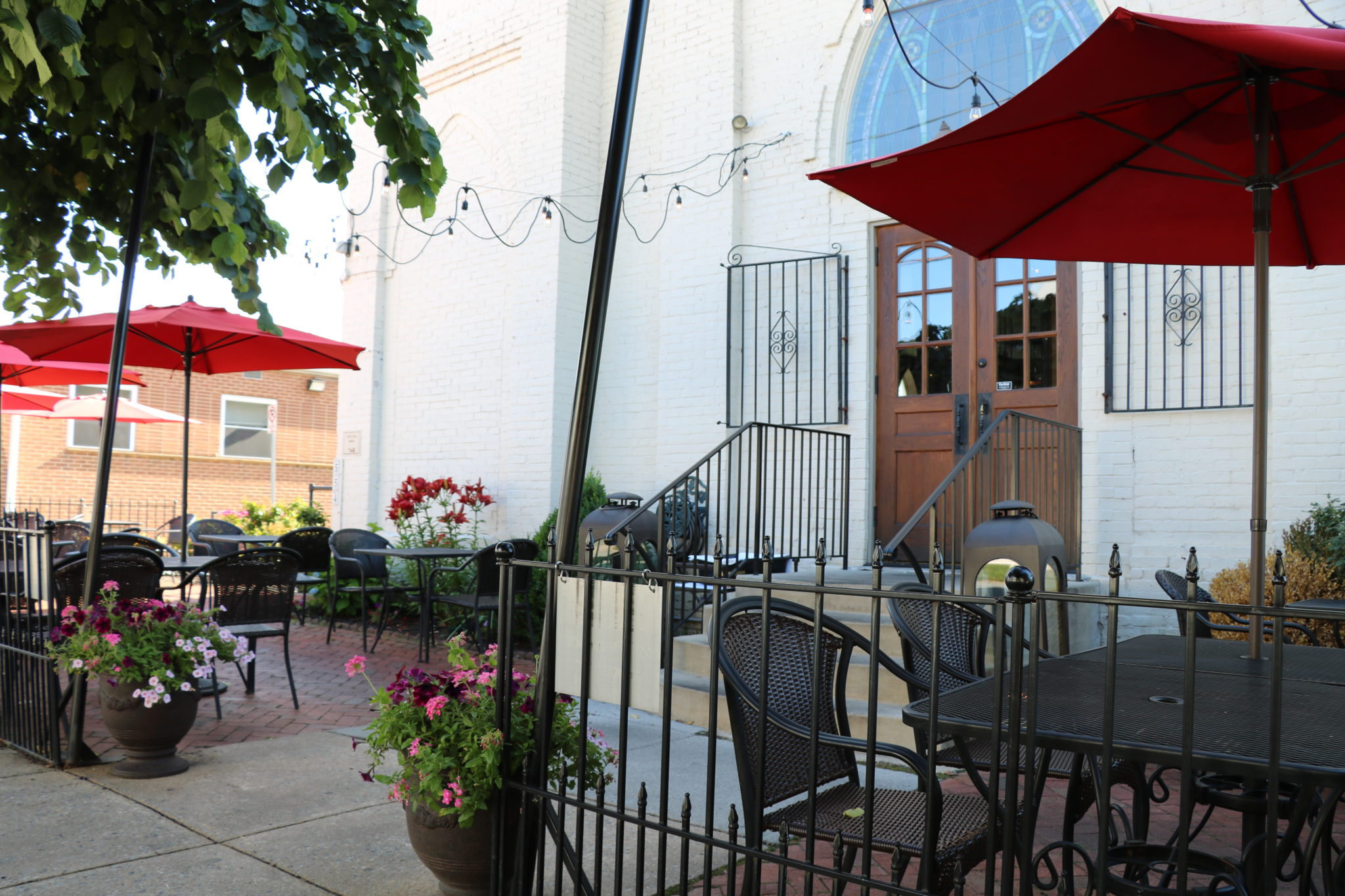 Victor's La Bella Patio